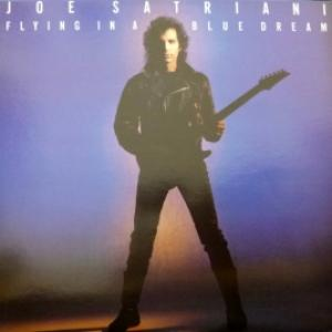 Joe Satriani‎ - Flying In A Blue Dream
