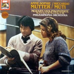 Wolfgang Amadeus Mozart - Violinkonzerte (feat. Anne-Sophie Mutter / Riccardo Muti)