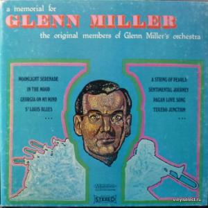 Glenn Miller Orchestra - A Memorial For Glenn Miller