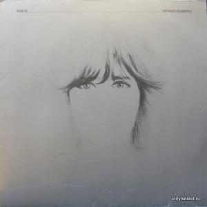 Astrud Gilberto - This Is Astrud Gilberto